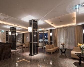 Iu Hotel Namibe - Namibe - Lobby