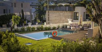 Somewhere - Estoril Guesthouse - Estoril
