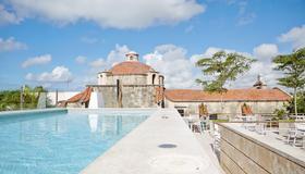 Billini Hotel, Historic Luxury - Santo Domingo - Piscina