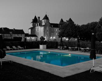 Château de Marçay - Chinon - Pool