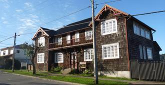 奧帕巴環青年旅舍 - 瓦拉斯港 - 巴拉斯港 - 建築