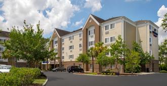 Candlewood Suites I-26 at Northwoods Mall - North Charleston - Building