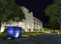 Canvas Boutique Hotel - Puerto Princesa - Building