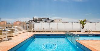 هوتل رويال بلازا - ايبيزا - حوض السباحة