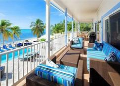 Sir Turtle Beach Villas - Little Cayman - Balkon