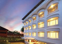 Cochin Palace - Kochi - Building
