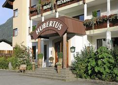 Hotel St.Hubertus - Lofer - Building