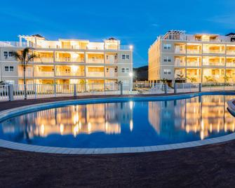 Imperial Bay Beach and Golf Residence - Basseterre - Pool