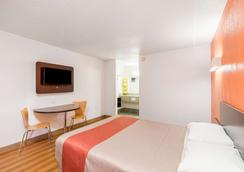 Motel 6 Bricktown - Oklahoma City - Bedroom