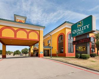 Quality Inn Childress - Childress - Building