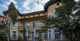 Villa Casteria - Międzyzdroje - Edificio