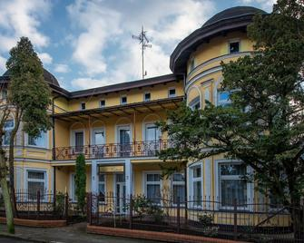 Villa Casteria - Międzyzdroje - Gebäude