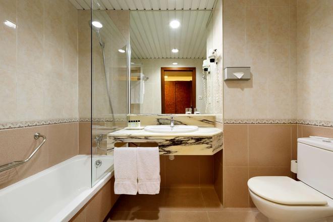 赫斯珀里亞聖若安套房酒店 - 聖琼德斯披 - 巴塞隆納 - 浴室