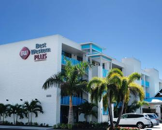Best Western Plus Siesta Key Gateway - Sarasota - Edificio
