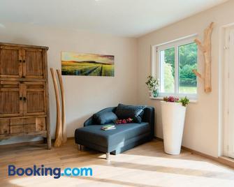 Apartment Schwarz Waldperle - Bad Herrenalb - Living room