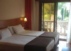 Hotel Avión by Bossh Hotels - วิโก้ - ห้องนอน