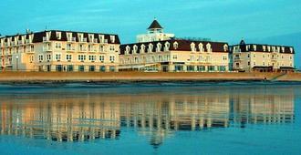 Nantasket Beach Resort - Hull - Building