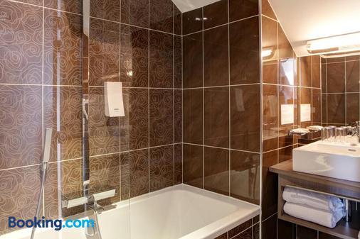 Hotel Le Benhuyc - Binic-Étables-sur-Mer - Bathroom