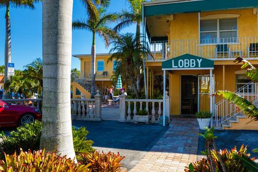 Siesta Key Beach Resort & Suites Tiki & Pool - Sarasota - Rakennus