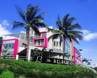 The Belagri Hotel and Convention - Sorong - Gebouw