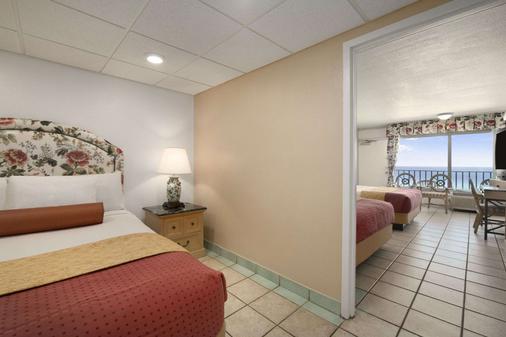 巴拿馬城海灘戴斯酒店 - 巴拿馬市海灘 - 巴拿馬城海灘 - 臥室