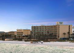Days Inn by Wyndham Panama City Beach/Ocean Front - Panama City Beach - Edifício