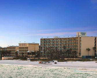 Days Inn by Wyndham Panama City Beach/Ocean Front - Panama City Beach - Building