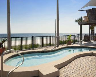 巴拿馬城海灘戴斯酒店 - 巴拿馬市海灘 - 巴拿馬城海灘 - 游泳池