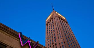 W Minneapolis - The Foshay - Minneapolis - Bygning