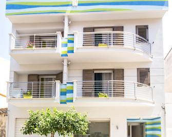 Stanze Del Mare - Balestrate - Building