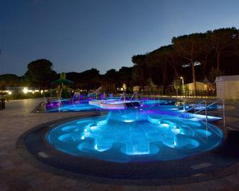 Camping Village Cavallino - Cavallino Treporti - Pool