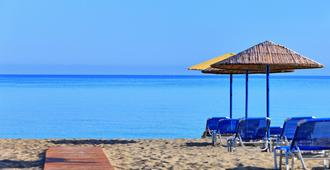 Santa Marina Beach Resort & Spa - Heraklion - Beach