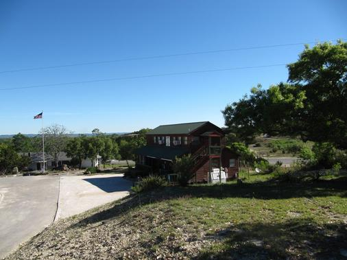 Top OF The Hill RV Resort - Boerne