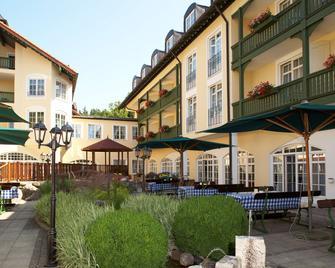 Best Western Premier Bayerischer Hof Miesbach - Miesbach - Building