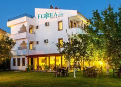 Flora Iznik Hotels & Suites - İznik - Building