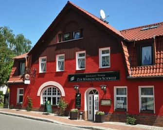 Hotel Märkische Schweiz - Buckow - Gebouw