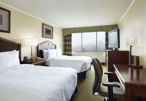 Embassy Suites by Hilton Baltimore at BWI Airport - Linthicum Heights - Schlafzimmer