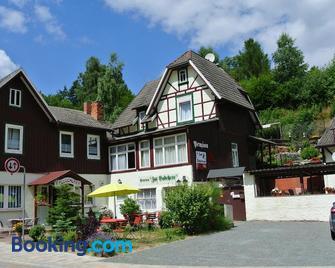 Ferienwohnungen Felseneck - 'Zur Bodehexe' - Thale - Edificio