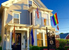 Queen Vic Guest House Provincetown Adults Only - Provincetown - Bygning