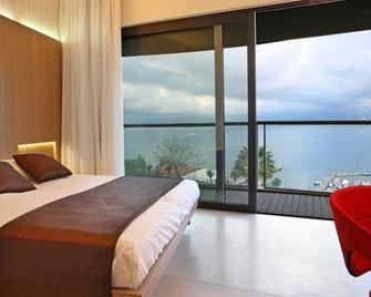 Eolian Milazzo Hotel - Milazzo - Bedroom