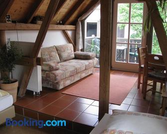 Apartments Bed & Breakfast Brückner - Markt Einersheim - Wohnzimmer