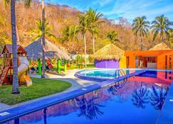 Las Brisas Huatulco - Гуатулько - Pool