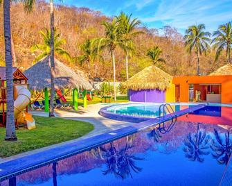 Las Brisas Huatulco - Santa María Huatulco - Pool