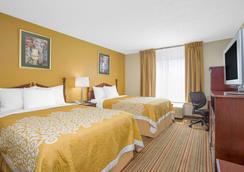 Days Inn by Wyndham Greenville - Greenville - Makuuhuone