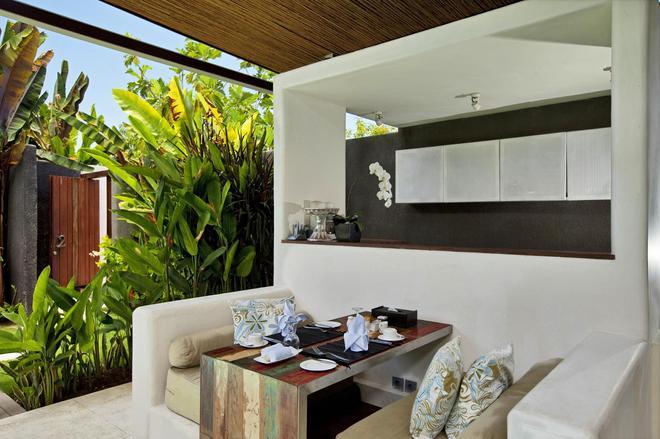 Kiss Villas Bali - Kuta - Bedroom