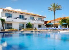 Hotel Ld Palm Beach - Playa El Agua