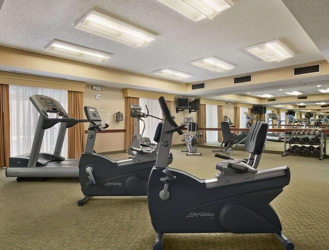 Baymont by Wyndham Columbia Northwest - Columbia - Gym
