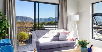 Wink Eaton Square - Cape Town - Living room