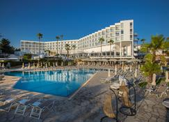 Leonardo Plaza Cypria Maris Beach Hotel & Spa - Geroskípou - Pool