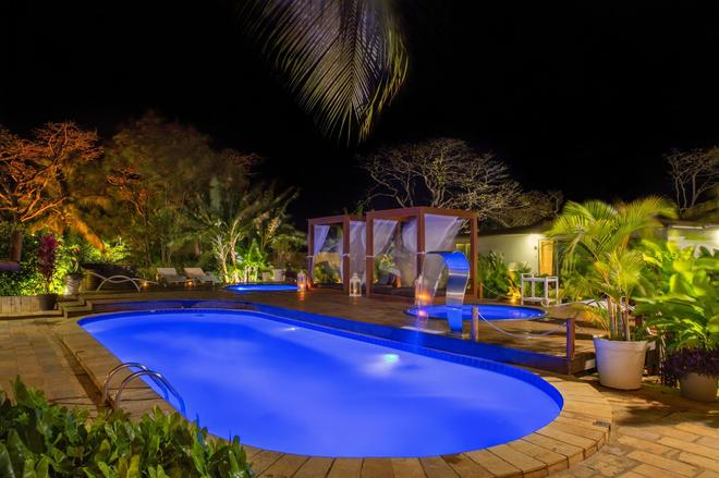 Dolphin Hotel - Fernando de Noronha - Pool